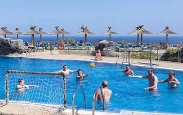 TUI : water-polo aux Canaries