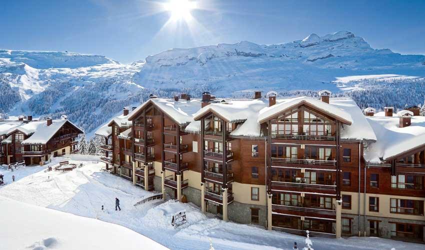 Faire du ski avec Pierre & Vacances en résidence premium