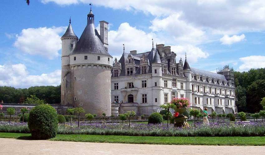 Visiter les châteaux de la Loire en appart-hôtel