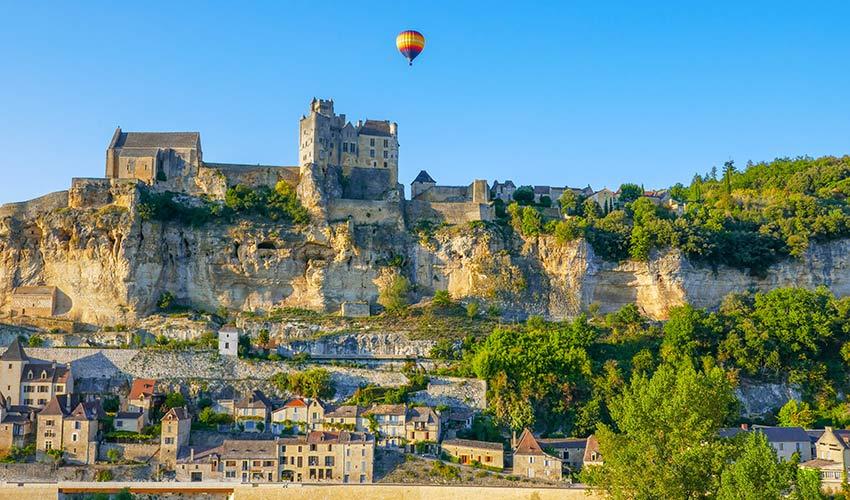 Survol en montgolfière en Dordogne