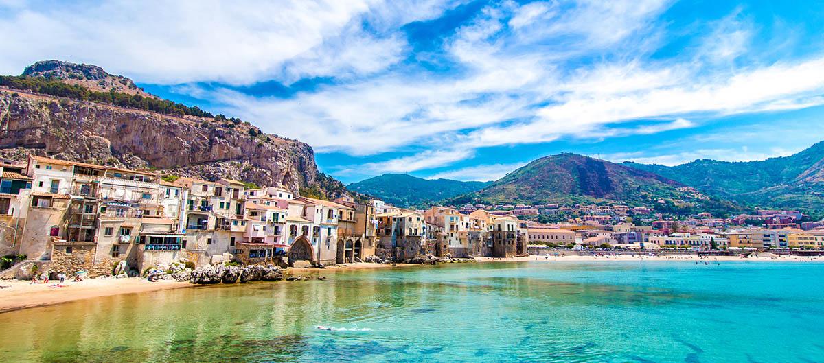 Cefalu et sa plage de rêve en Sicile