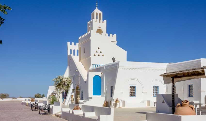 Décor dans les villes de Djerba - clubs