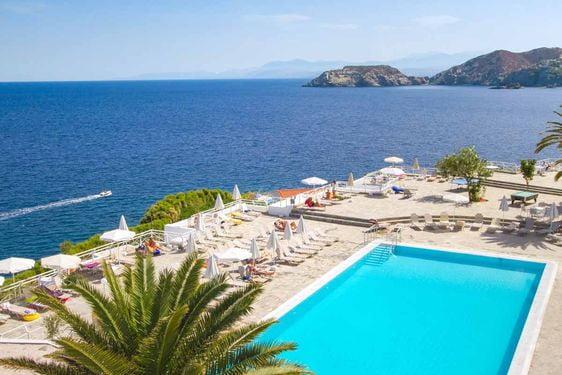 Heliades Peninsula Resort & Spa - Piscine extérieure 2