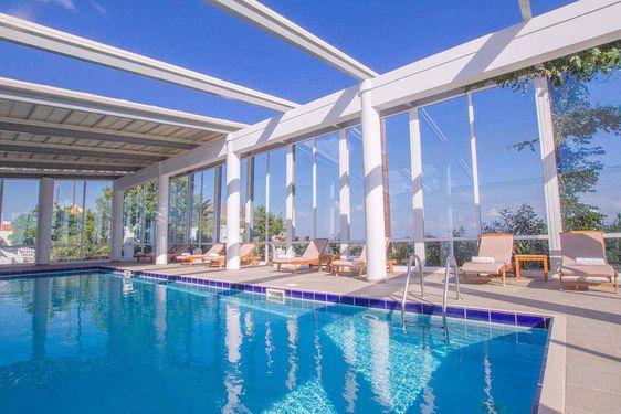 Heliades Peninsula Resort & Spa - Piscine intérieure