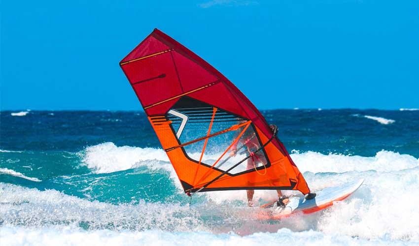 Clubs Lookéa : sports Nautiques, planche à voile
