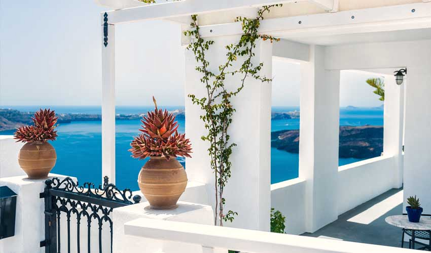 Santorin en Grèce avec Héliades