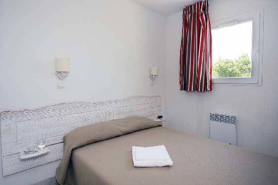 Club vacances Odalys-Vacances - Hauts de Salavas : chambre
