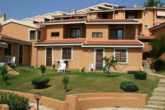 Club vacances Odalys-Vacances - Porto Corallo : jardin