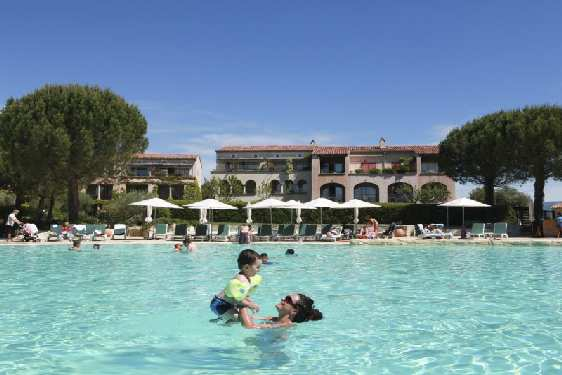 Village Pierre & Vacances Pont Royal en Provence : Piscine