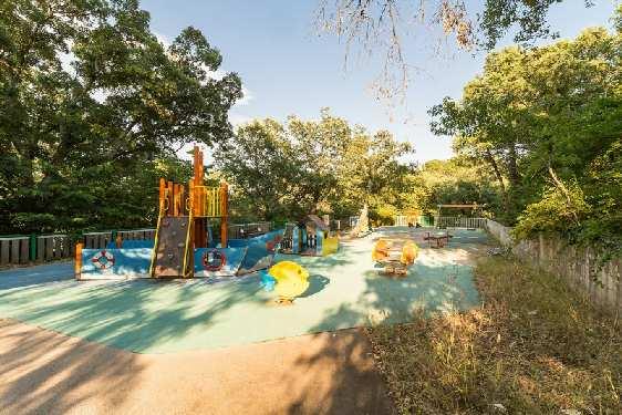 Village Pierre & Vacances Restanques du Golf : Espaces enfants