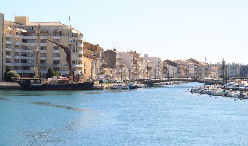 Club Belambra à Sète, bord de la plage et du port