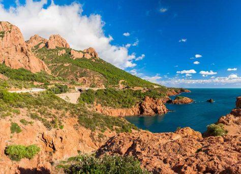 Club vacances au sud-est de la France : la méditerranée avec Odalys et Pierre & Vacances