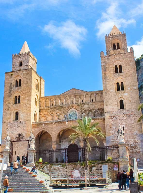 Cefalu, Sicile, église normande