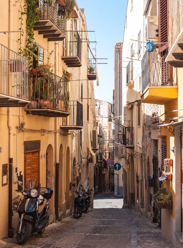 Cefalu, Sicile, ruelle