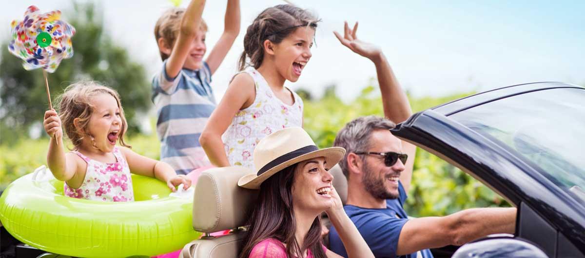 Vacances Miléade presentation photo famille en voiture image principale