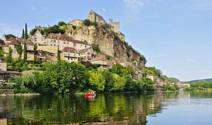vacances miléade terroir dordogne chateau et fleuve