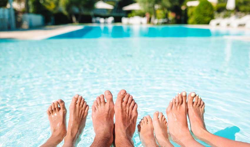 cap vert pas cher pieds famille piscine