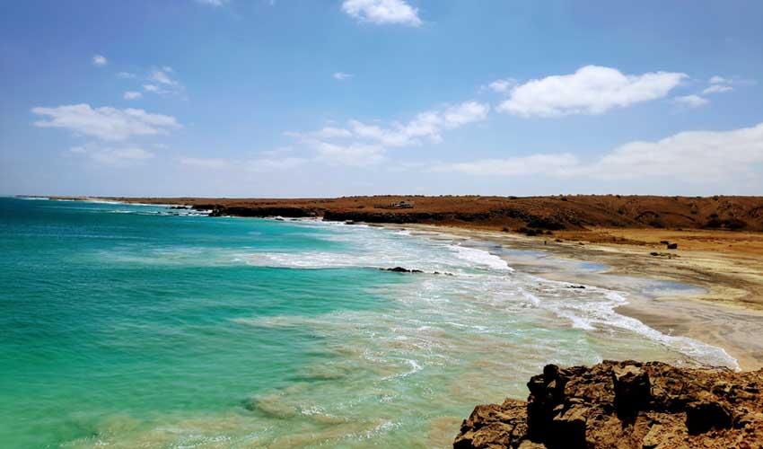 cap vert pas manquer ile de maio plage et eau turquoise