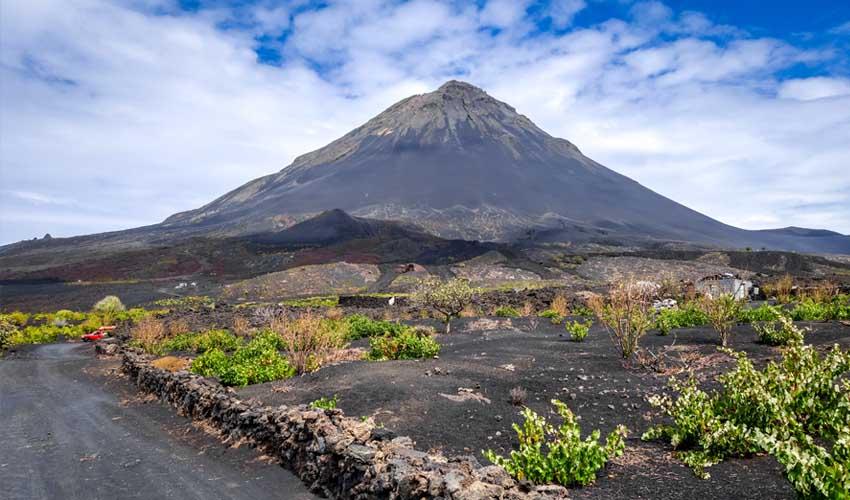 cap vert pas manquer volcan pico do fogo et flore autour