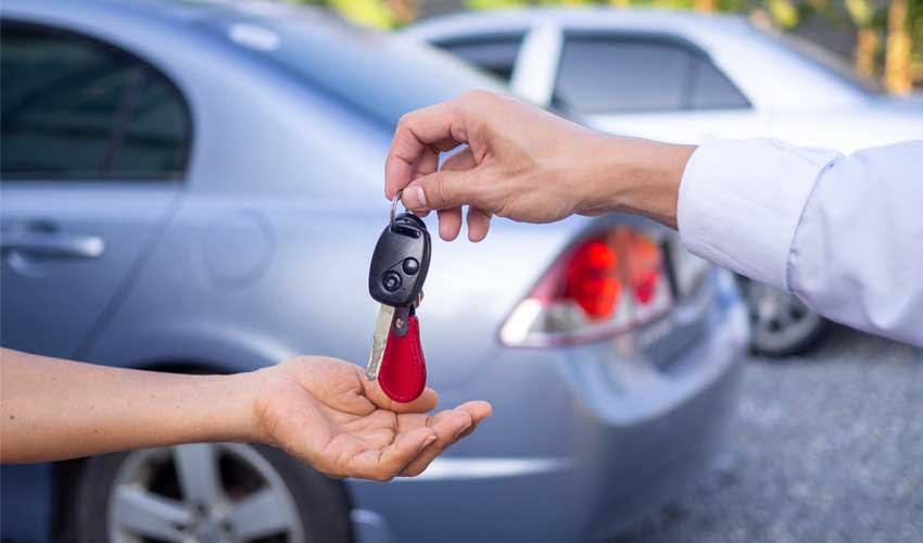 expedia agence location de voiture remise de cles