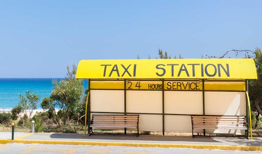grece top pas cher negocier avec les taxis arret de taxi plage