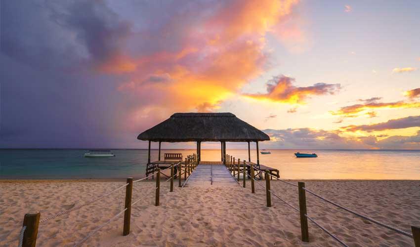 ile maurice top a faire plage de flic en flac coucher de soleil