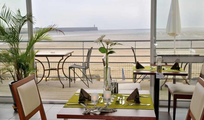 miléade club hotel binic restaurant avec vue sur plage