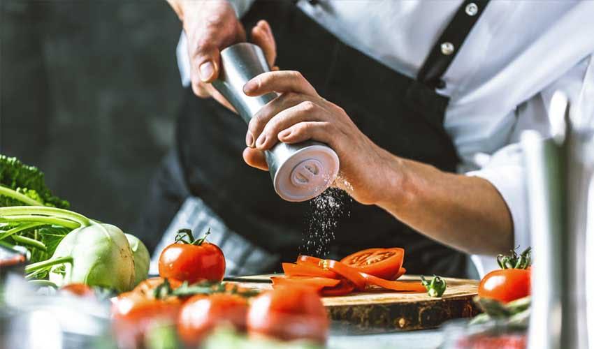 vvf villages les avis restauration chef cuisine locale qualite