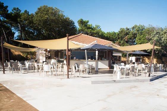 Résidence club Odalys Paradu Resort : Restauration