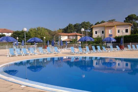 Résidence club Odalys Villas du Lac Soustons : Piscine