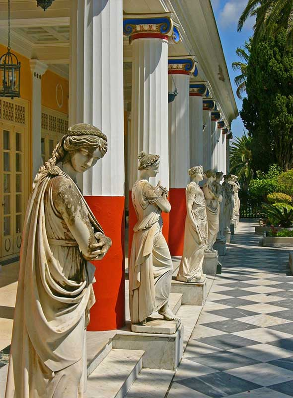 Galerie extérieure de l'Achilleion, Corfou, Grèce