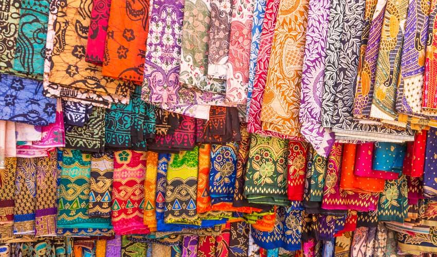 indonesie sarongs sur marche pas cher