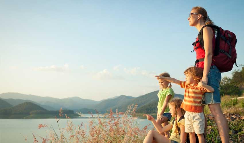 nemea residence famille en ete sejour acivites sportives et mini club randonnees en famille