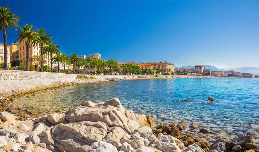 nemea residence vacances en corse les calanques a ajaccio vue sur mer avec vieille ville