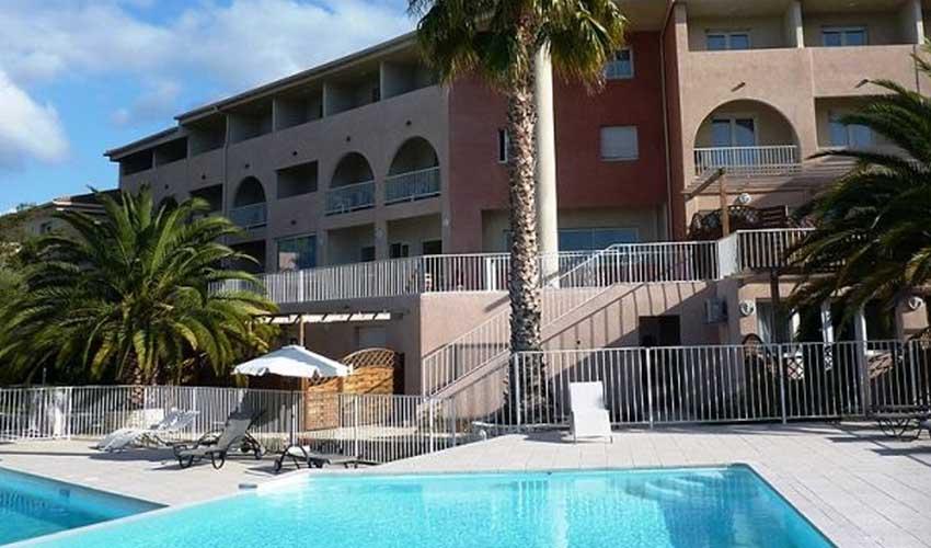 nemea residence vacances en corse logement residence citadelle resort piscine exterieure