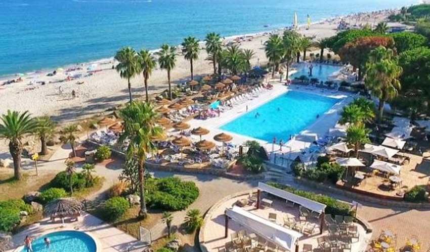 nemea residence vacances en corse marina doru porto vecchio club et animations autour piscines