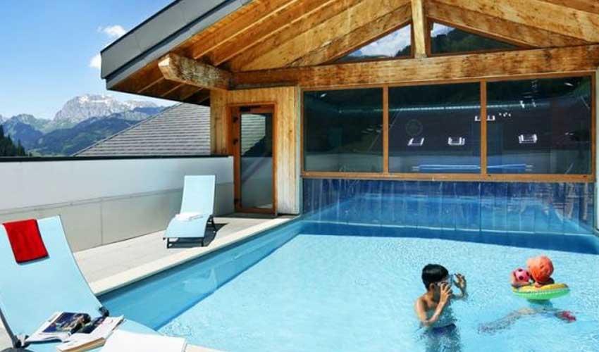 nemea vacances au ski residence le grand lodge piscine exterieure