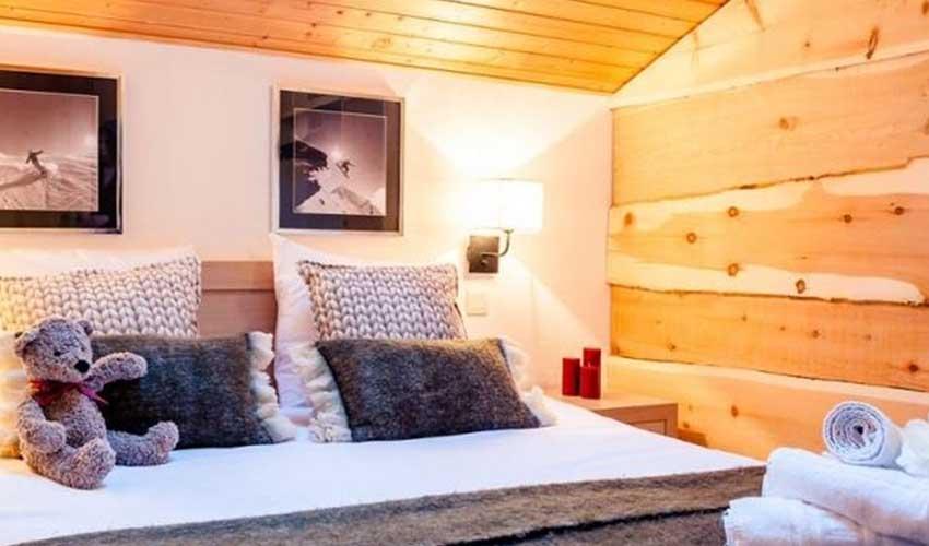 nemea vacances ski chambre avec lit et linge de toilette alpes haute savoie samoens