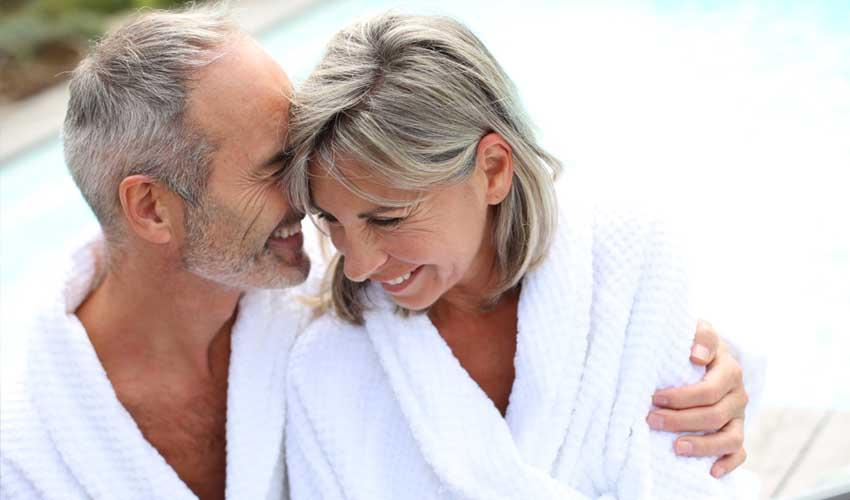 vvf villages bien etre vacances club les dunes sainte marie de ré couple en thalasso