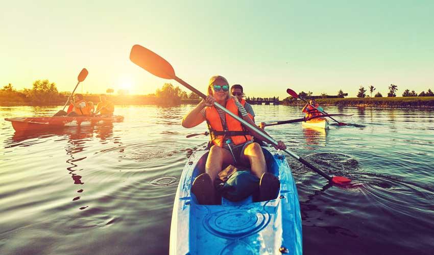 vvf villages vacances sportives summer camps canoe kayak en groupe