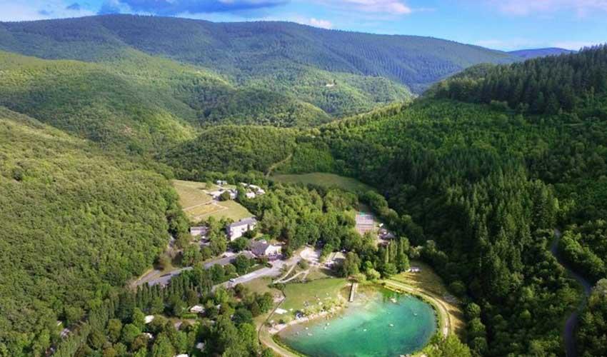 vvf villages vacances sportives summer camp le sud aveyron vue aerienne