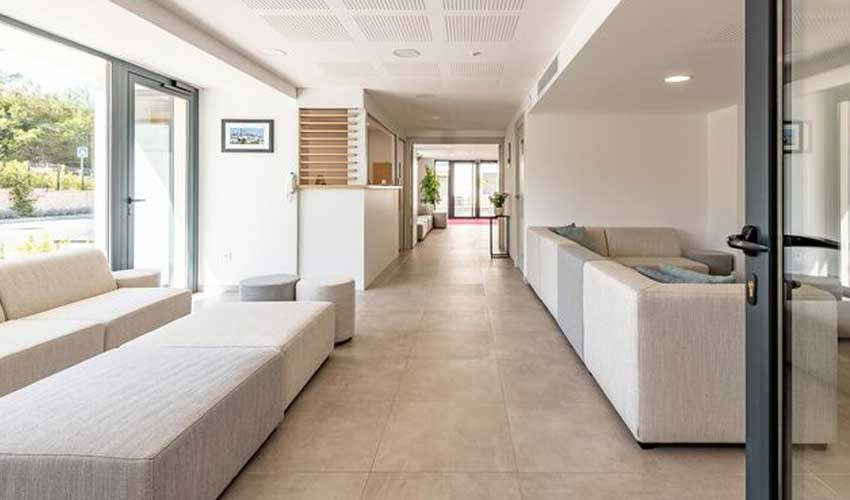 evancy cote d'azur residence vence services poolhouse resaturation snack bar