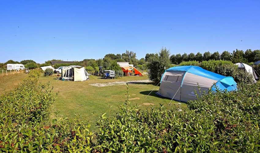 huttopia camping emplacement les falaises normandie