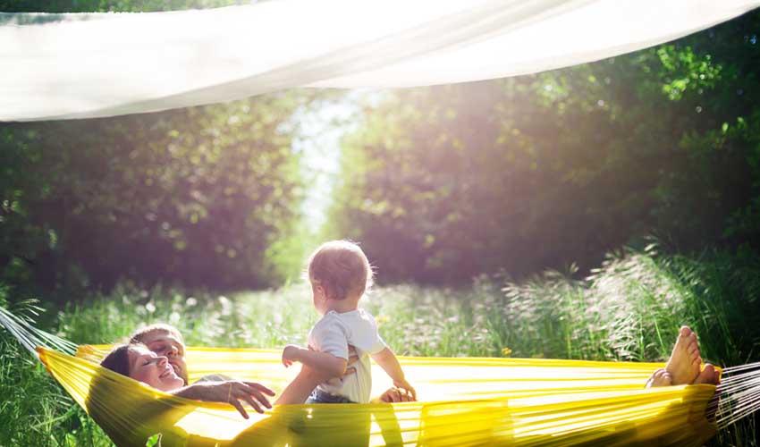 huttopia vision nature simple et authentique famille en pleine nature hamac