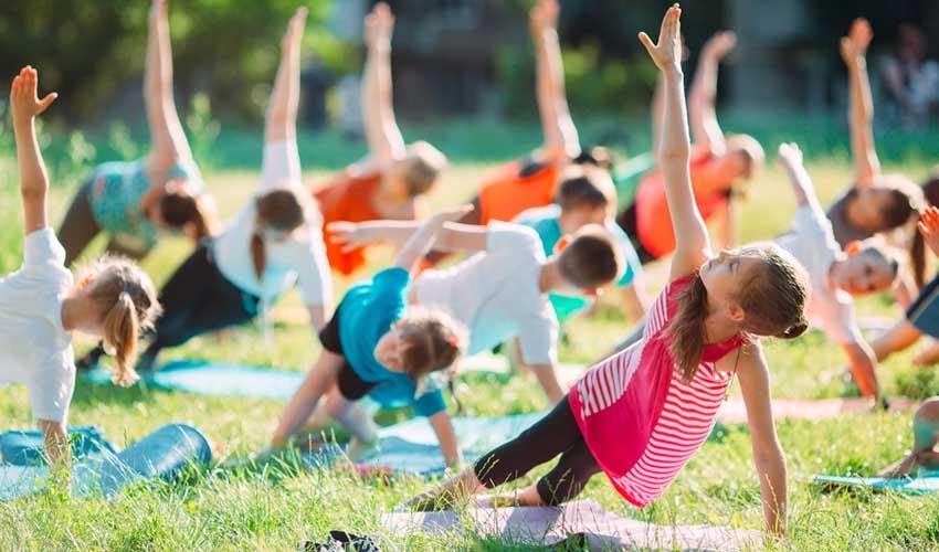 huttopia activites famille vacances villages cours de yoga