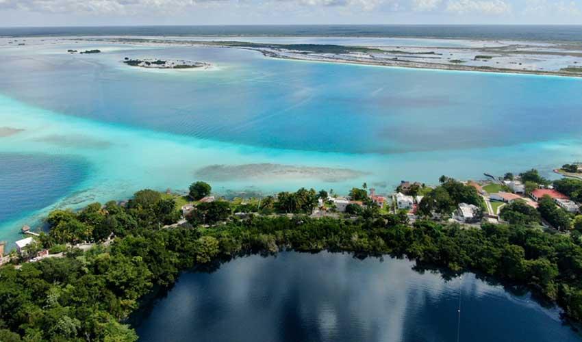 mexique a faire bacalar lagune aux 7 couleurs