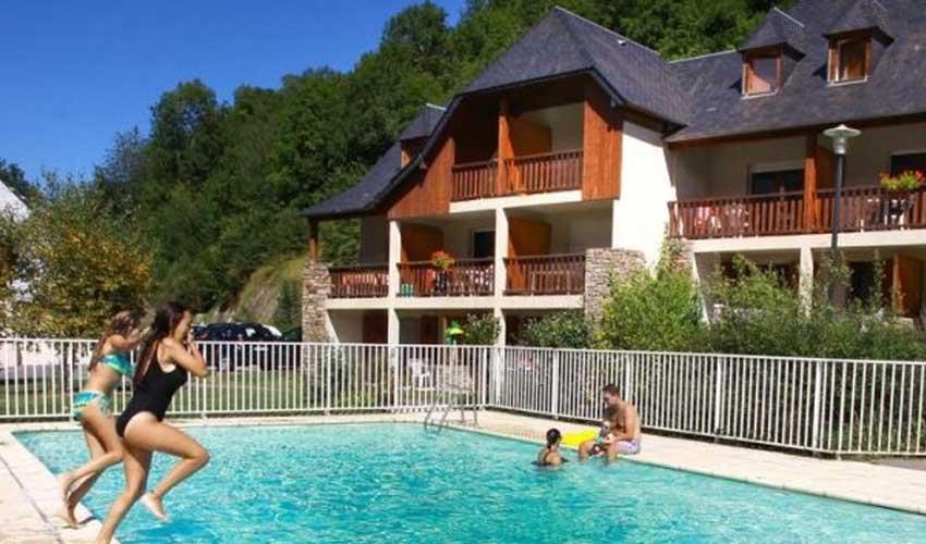 nemea residence sejour montagne en ete la soulane logement et piscine