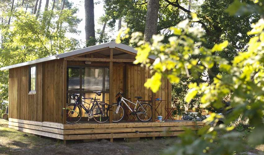 huttopia chalet evasion les chateaux camping