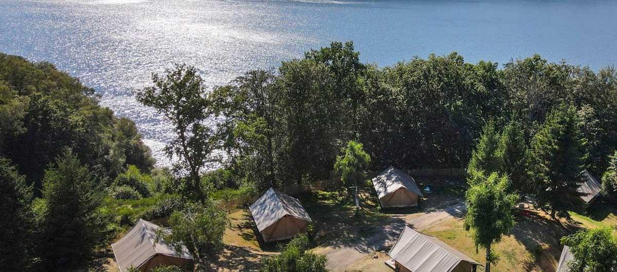huttopia les campings image de presentation vue sur mer avec chalets