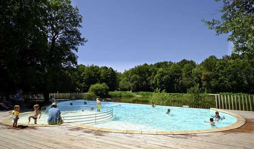 huttopia les campings piscine camping rillé